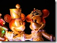 Christmas at Disney_ Mickey & Minnie 1024x768  desktop widescreen wallpaper