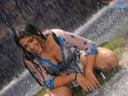 charmi-sye-aata-hot-stills  (3)