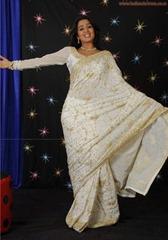 tollywood-actress-charmi-in-designer-white  saree_actressinsareephotos_blogspot_com_14