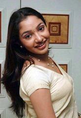 tamil-actress-maya-unni-in-saree-stills_actressinsareephotos_blogspot_com_23