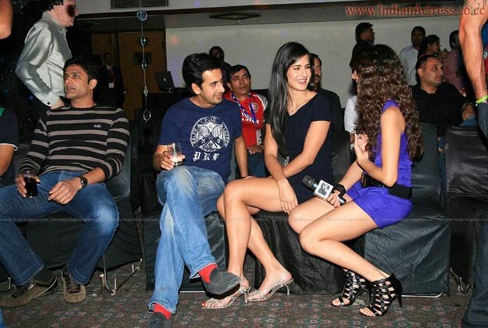 Katrina-Kaif-Preity-Zinta-at-IPL-4