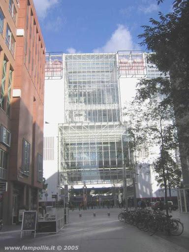 Den Haag (L'Aja), i Palazzi moderni