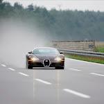Bugatti-Veyron-23-1600.jpg