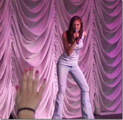 Ayla_Brown singing Style (20)