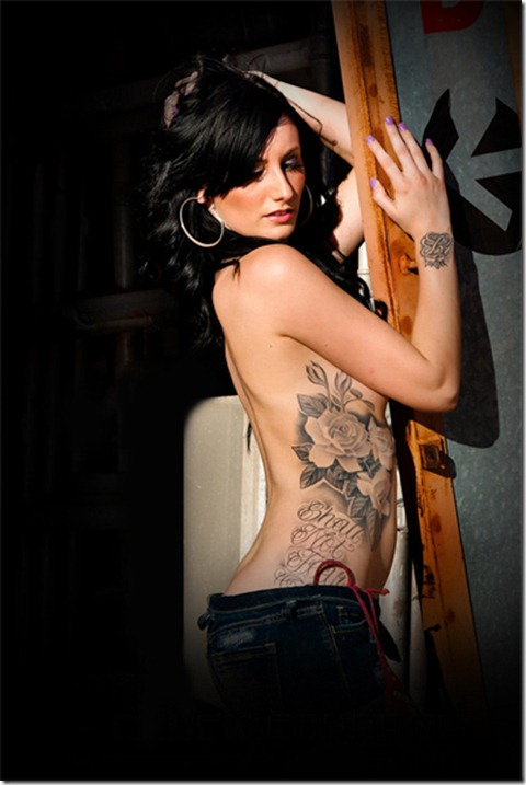 Sexy-Female-Back-and-Side-Tattoos