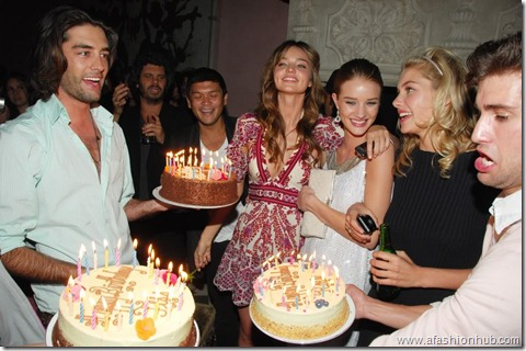 Rosie Huntington-Whiteley Candids 20th Birthday Party (5)