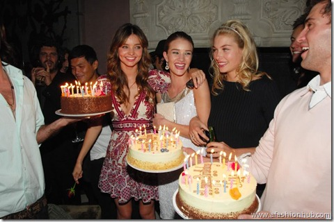 Rosie Huntington-Whiteley Candids 20th Birthday Party (12)