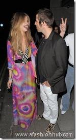 Rosie Huntington-Whiteley Candids 22nd Birthday Party (7)