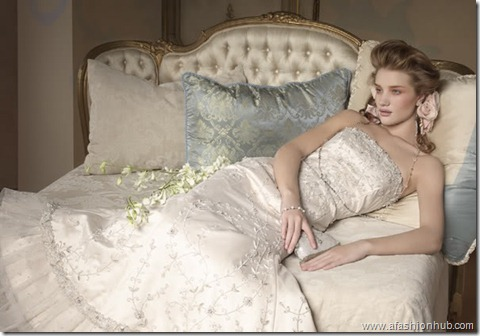 Rosie Huntington-Whiteley Alvina Valenta Bridal Collection (16)