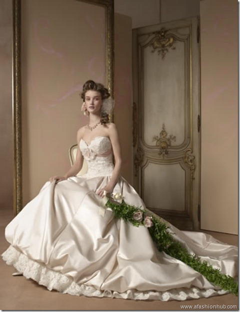 Rosie Huntington-Whiteley Alvina Valenta Bridal Collection (28)