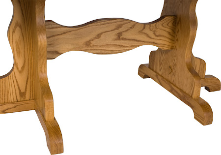 Colonial Table Base Detail in Medium Oak