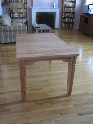 knotty oak table