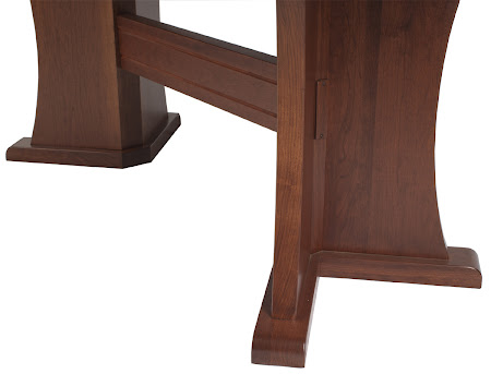 "80"" x 38"" Victoria Table, Leg Detail"