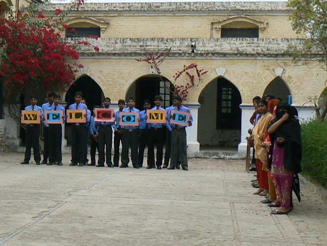 A warm welcome from the Christian Boy's High School in Martinpur.