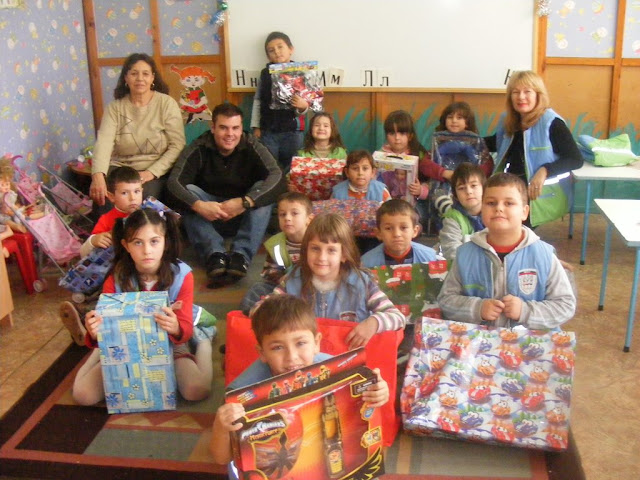 Me with my kindergarten class, Christmas 2008