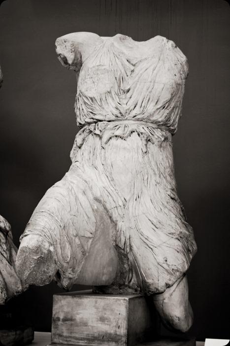 museum statue body