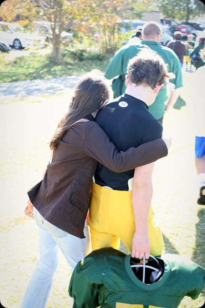 football game after win sister hug