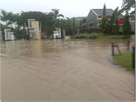 flood in citra raya tangerang