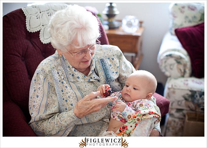 FiglewiczPhotography_great-Grandmas0005.jpg
