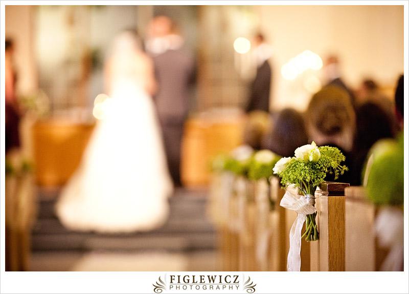 FiglewiczPhotography-AnneandPete-CrownPlaza-0037.jpg