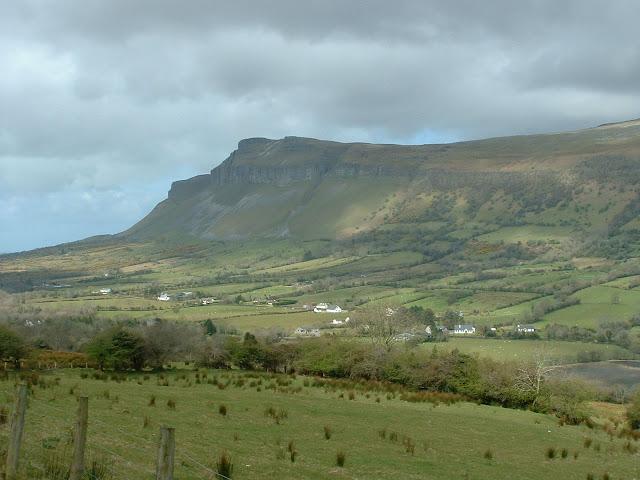 Fotos Gratis Montañas verdes de Irlanda