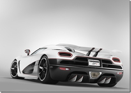 Koenigsegg-Agera-R-rear-three-quarter-view-image