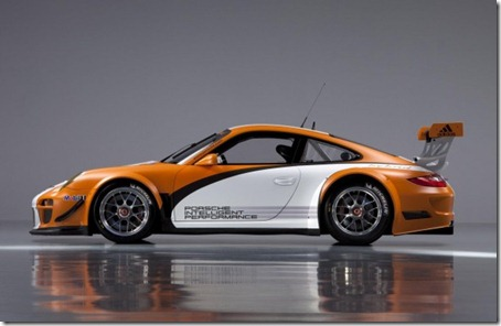 2011-Porsche-911-GT3-R-Hybrid-Side-View