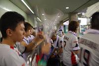 Tokyo, Spiel der Giants im Tokyo Dome, Jubel der Swallow-Fans – 07-Aug-2009