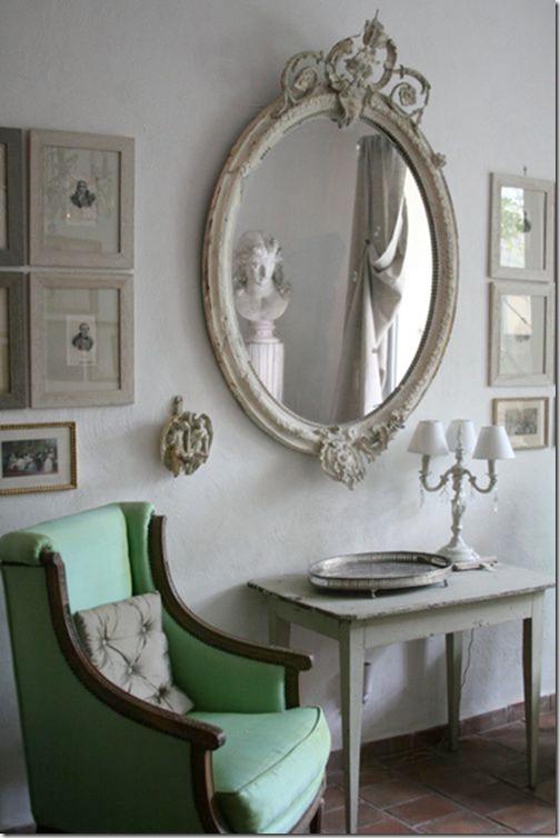 Butaca y espejo vintage