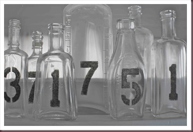 DIY Table numbers - Spray Bottles