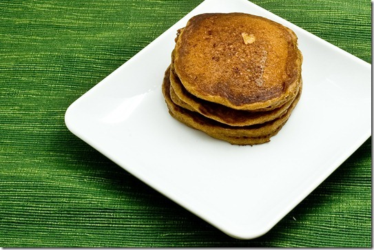 gingerbread pancakes-002
