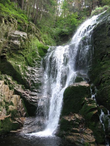 Wodospad Kamieńczyka jesienią