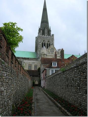 walk round chichester cathedral 001