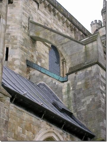 walk round chichester cathedral 006