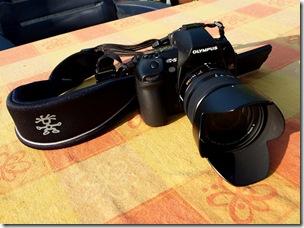 E-5 met Leica 14 150mm en slings strap