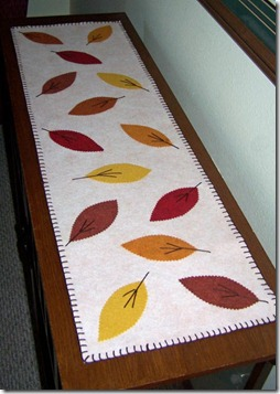 Table Runner_Oct 2010