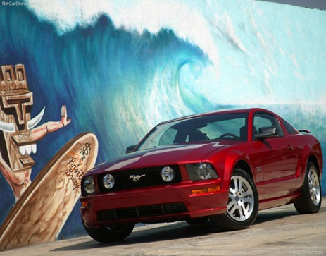 Ford-Mustang_GT_2005_800x600_wallpaper_05