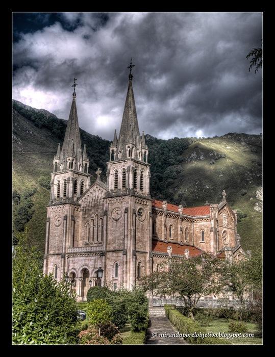Santuario Covadonga HDR