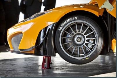 2012-McLaren-MP4-12C-GT3-Wheel-600x399