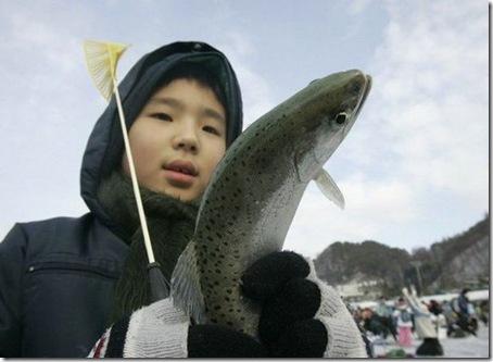 ice_fishing_festival3