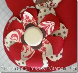 cbyuvalentineflower32430789