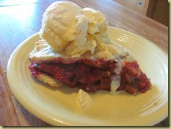 strawberry ruhbarb pie
