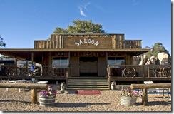 saloon1