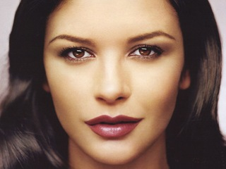 Catherine-Zeta-Jones-13