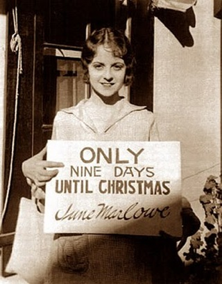 June Marlowe http__thesilentmovieblog_files_wordpress_com_2010_12_12-16-nine-days-til-christmas_jpg