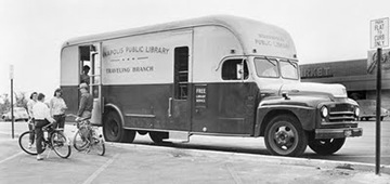 bookmobile-in-community-631