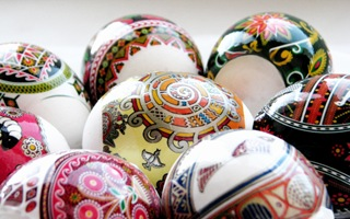 easter_eggs_wallpaper_by_makser