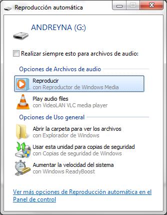 """Desactivar """"Explorar y Reparar unidades extraíbles"""" en Windows 7"""