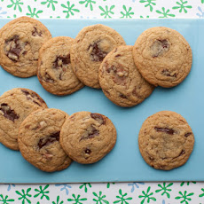 Throwdown Chocolate Chip Cookies