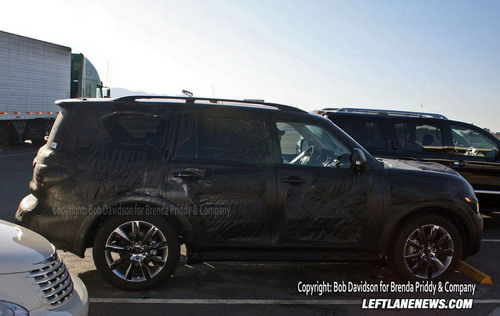 New espionage photos of Infiniti QX